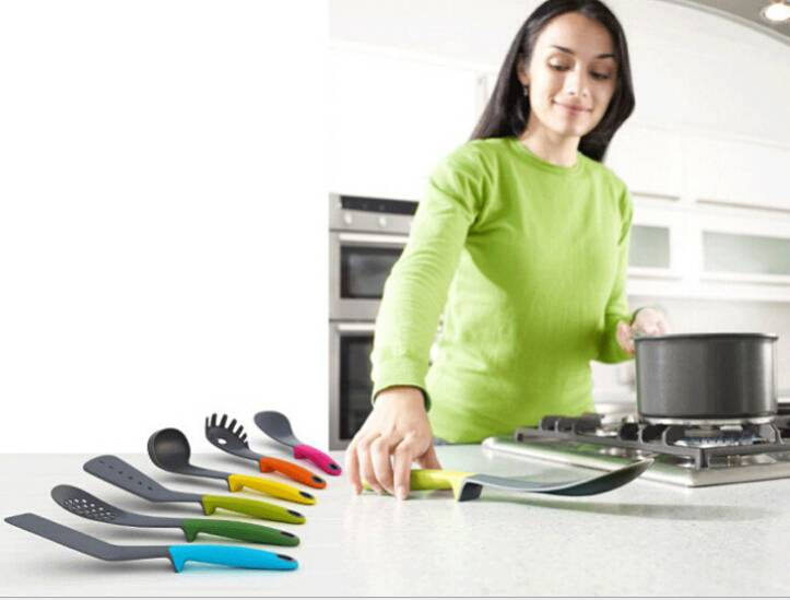 7 Piece Multicolor Nylon Kitchen Utensil Set