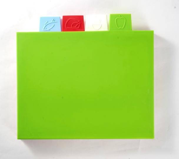 4pcs Colorful Rectangle Foldable Cutting Board Kitchen Good Helper Vegetable & Fruit Mini Cutting Board