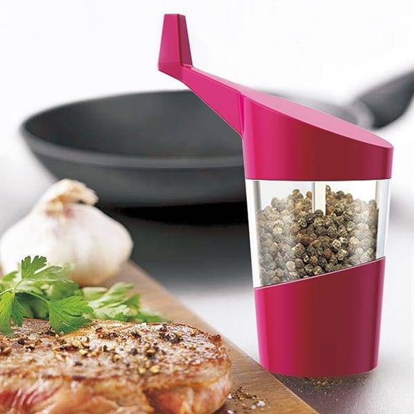 Manual plastic salt and pepper mill