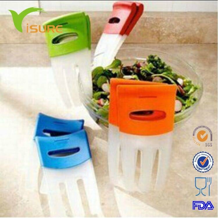 Salad Hands with non-slip handles