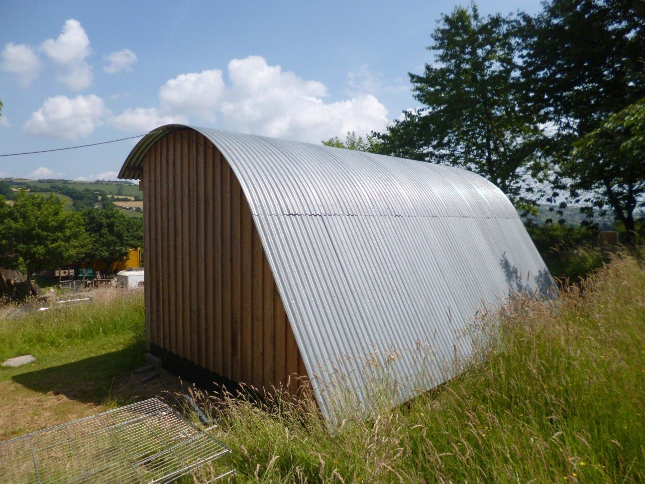 Arched Building-Holiday Camping Pods-Wigwam Pods-Glamping Pods For Sale