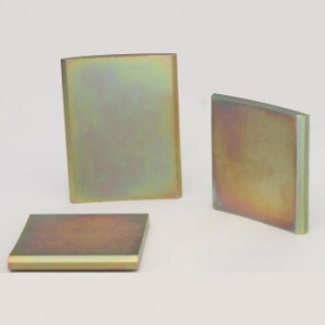 Magnets with color zinc coating