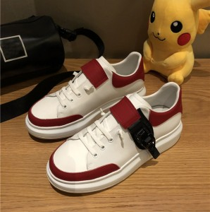 Custom Made Men Trainers In Red-White Color With Shoes Lace From OEM Shoes Factory