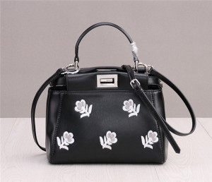 High Quality Flower Embroidery Cowhide Bags Ladies Black Litchi Grain Leather Purse