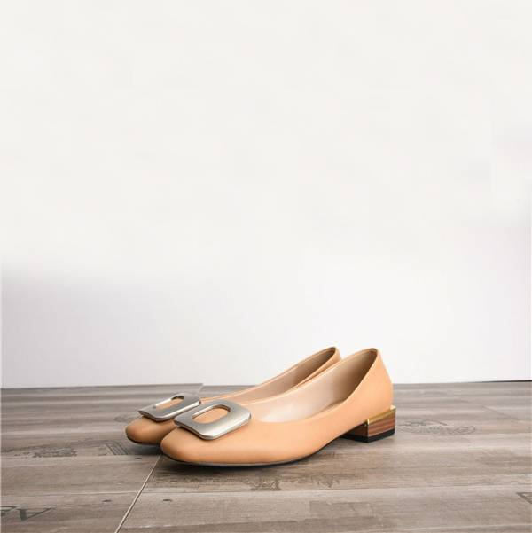 Women Flat Dress Shoes Featured Image