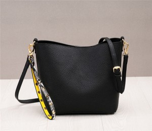 High Quality Wrist Bags For Women Leather Shoulder Bags With Snakeskin Shoulder Strap