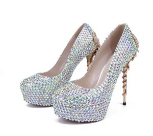 OEM China Latest Girls Canvas Shoes -