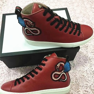 Sheepskin Lining Ankle High Top Men Sneaker With Snake Embroidery