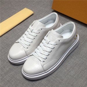 Best Quality Famous Brand Cowhide Sneakers White Couple Sneakers Size 34 To 46