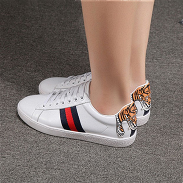 Massive Selection for Ladies Beautiful Flat Shoes -