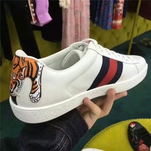 3D Tiger Print Leather Lace Up Casual Shoes
