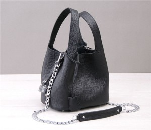 Custom Made Nice Italian Women Bags Black Natural Leather Mini Bucket Bag With Long Sling Chain