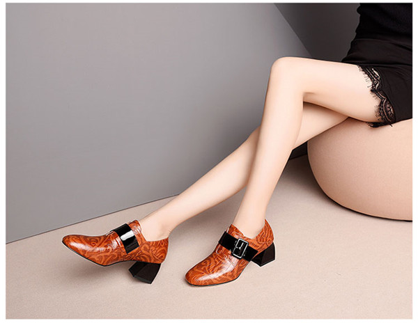 Competitive Price for Women Flat Shoes Moccasin Loafer -