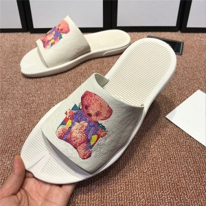 OEM Made Men Flat Beach Slippers Outdoor Slippers