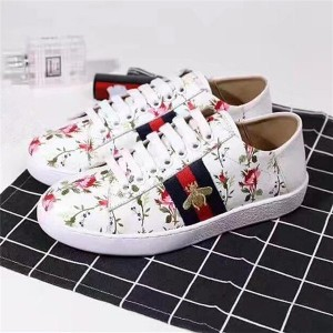 Most Popular White Real Leather Brand Designer Sneakers For Couples