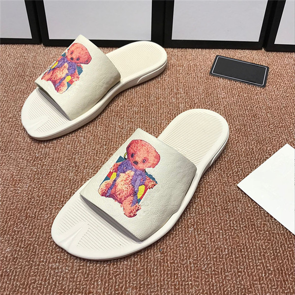 Hot Sale for Embroidery Buckle School Shoes -