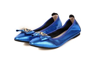 Best Selling Blue-Plated Leather Shoes Foldable Low Heel Shoes With Bow Flower