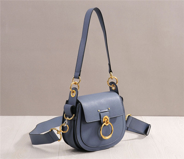 OEM High Quality Cow Skin Purse Ladies Fashion Purses Featured Image