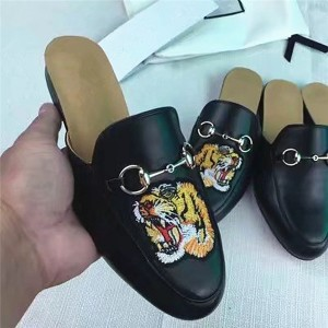 OEM Embroidery Half-Slippers Loafers Big Yard Size Outdoor Casual Shoes Black