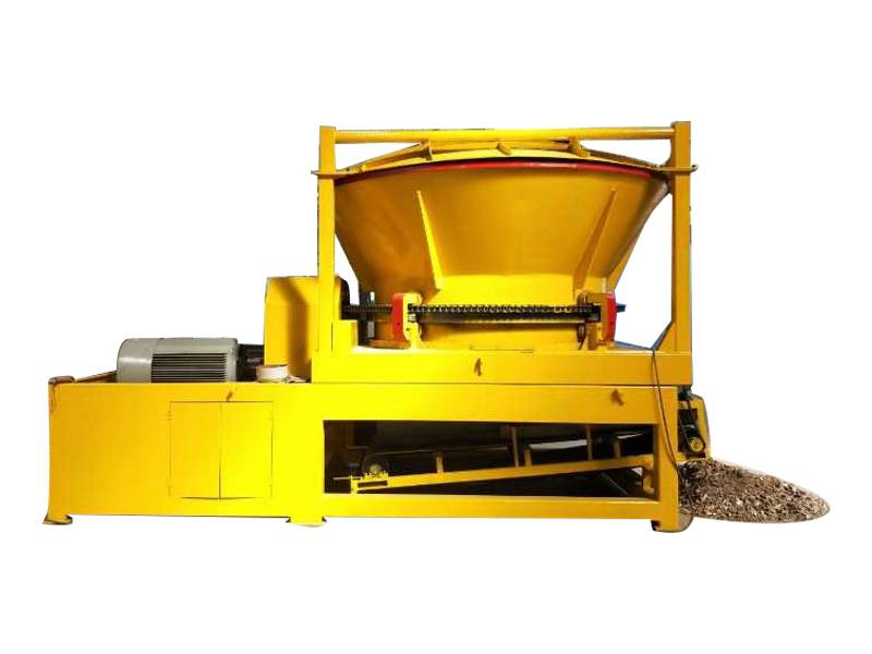 Large Scale Hay Tub Grinder