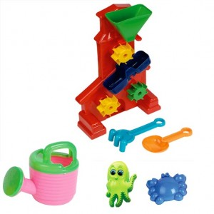 Kid playing Beach Toys Hourglass