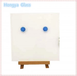 Magnetic white board tempered laminated glass