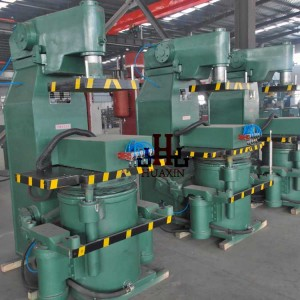 Z148CW   Pneumatic Foundry Sand moulding machine
