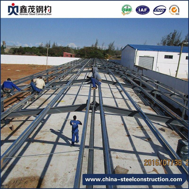 Galvanized prefabricated Steel Construction alang sa Poultry House