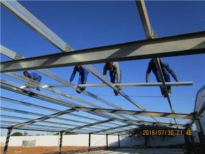 Prefabricated Galvanized Steel Structure Poultry Chicken House in Africa