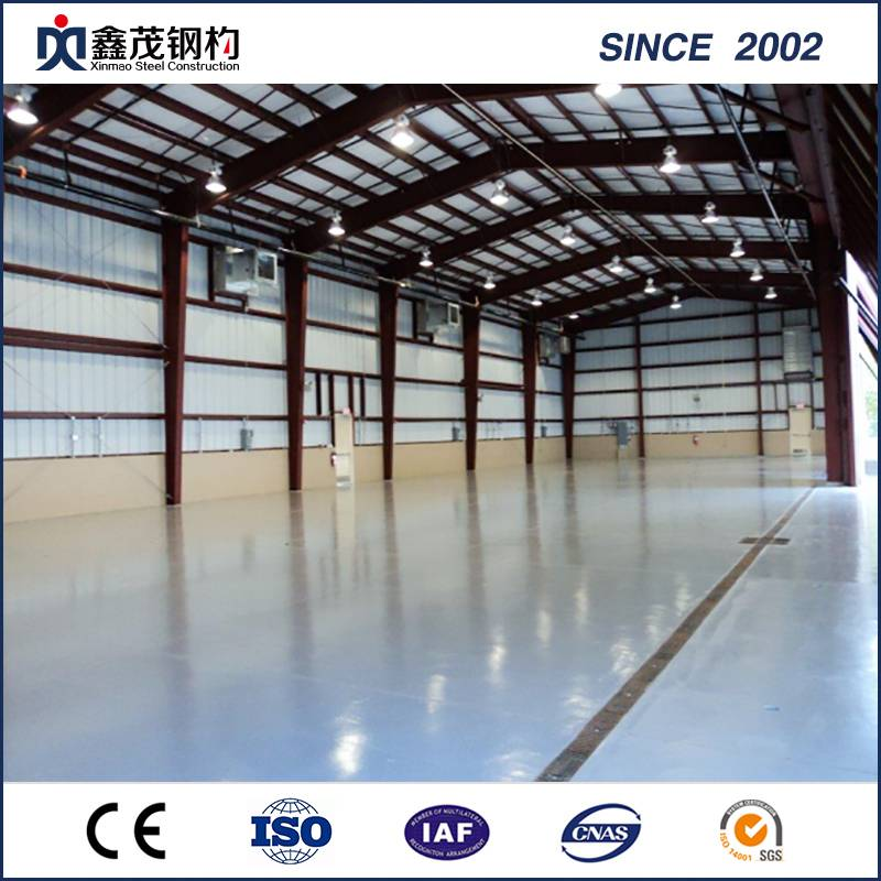 Prefabricated Garage Steel Frame Galvanized C / Z libalaka Roof le Wall Purlin