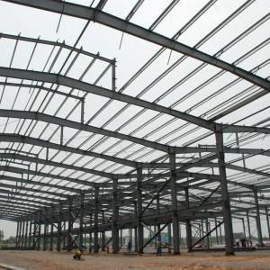 China Muermeldéier High Rise Pre fabrizéierte Steel Structure Frame fir Workshop