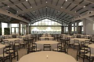 prefabricated H Beam Steel Structure Wedding Hall ڪانفرنس هال