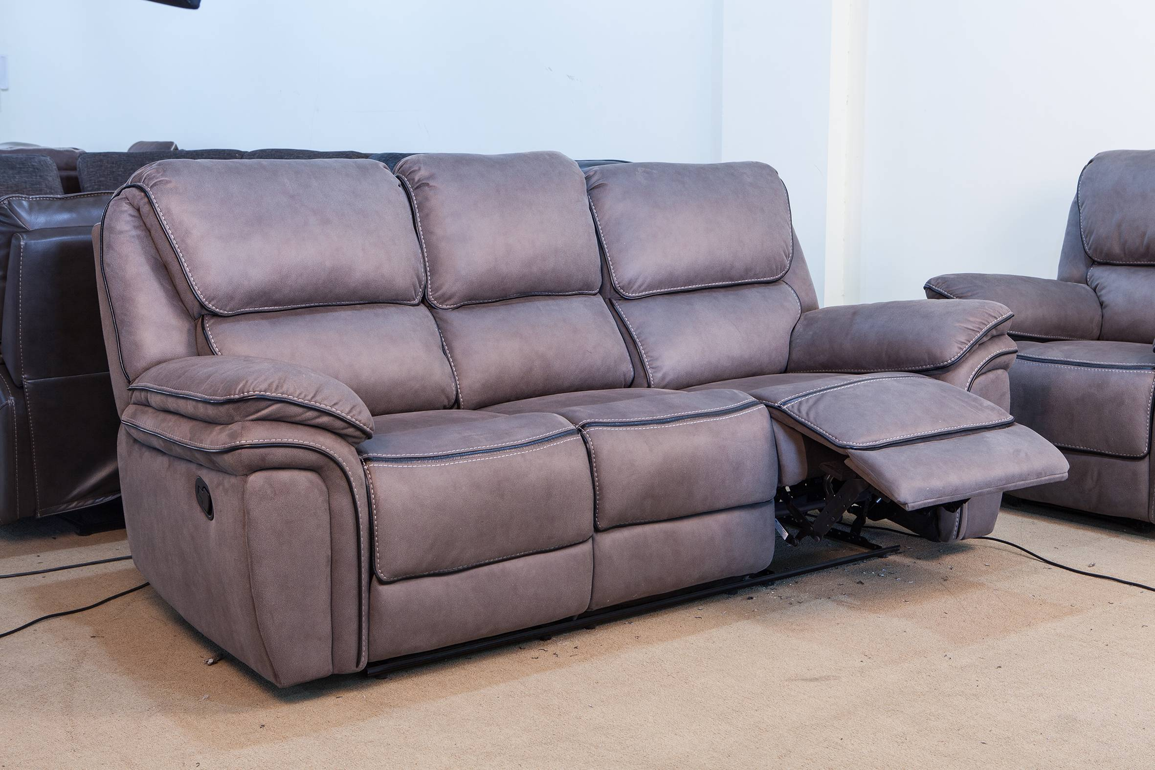 China Able Price Recliner Sofa