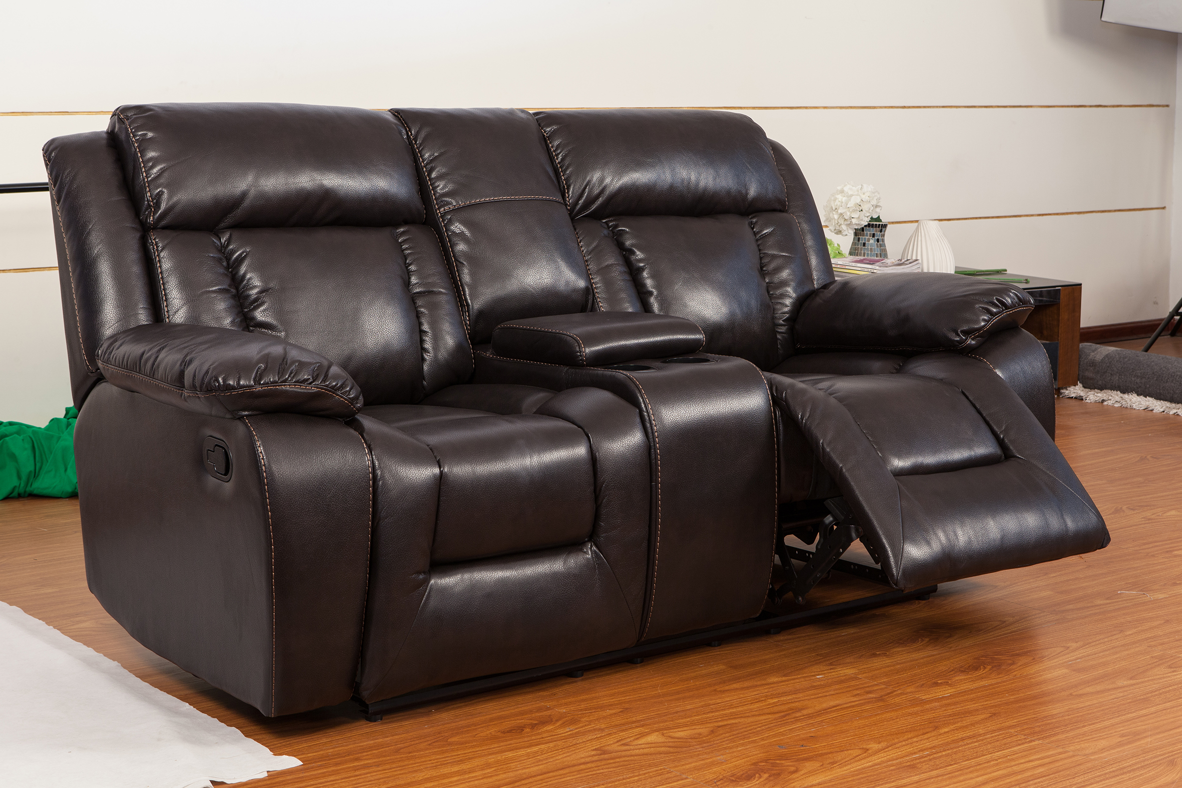 American style 2 seater modern leather loveseat with cup holder