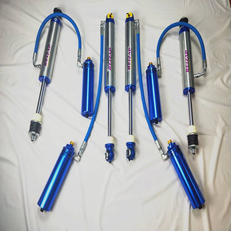 4 × 4 racing shock mosuyop 2 pulgada pagbayaw internal bypass suspension kit alang sa landcruiser70 79 duha speed kompresiyon mapaigoigo