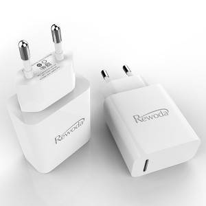 Type C wall charger quick charger Travel charger fast charger for mobile phone