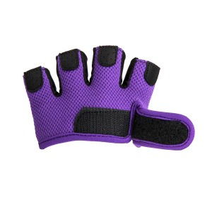 OEM factory Custom 2019 New Style half finger gloves,fitness weight lifting gym gloves
