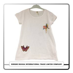 C girls t-shirt 11