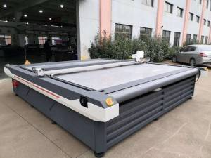 Custom- made size bigger  machine MTC09-3032mm sent to Russia