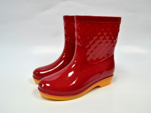 New style PVC lady gumboots  waterproof Half high bright colorful gumboots comfort for women