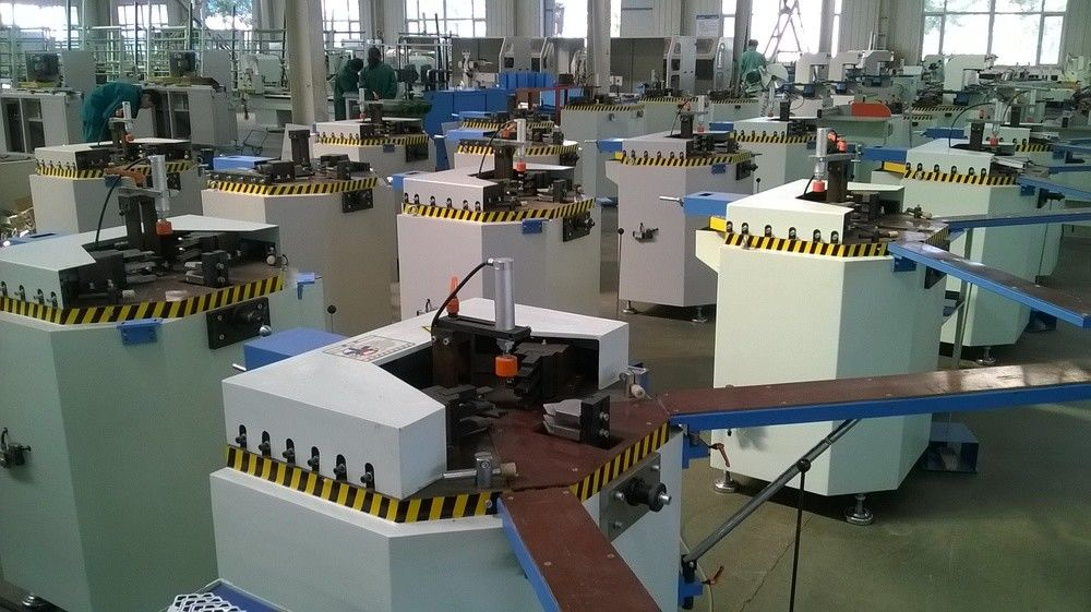 Single Head Corner Combining Machine for Aluminum Window /  Corner Crimping Machine for Aluminum Window Frame Assembly