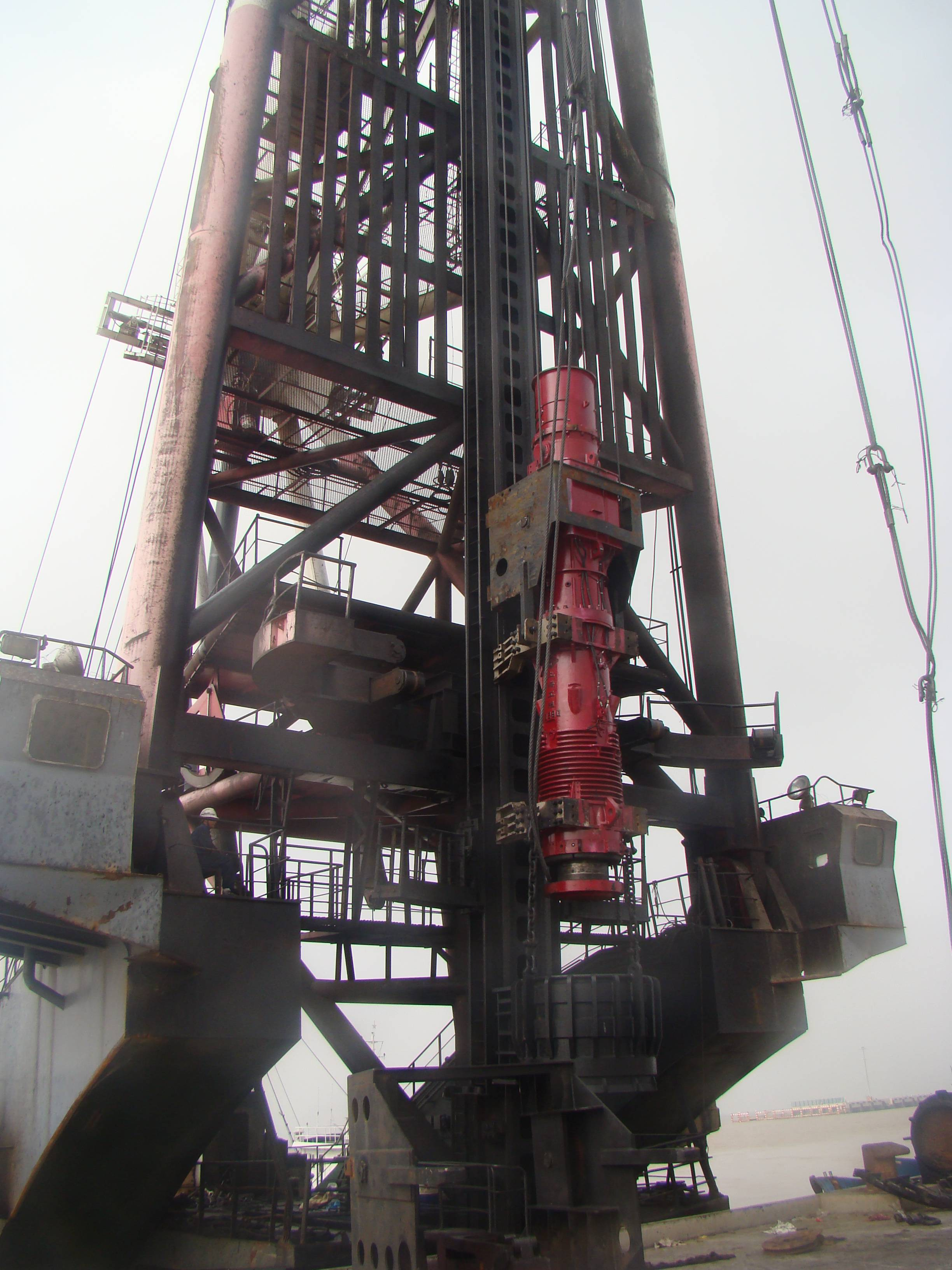 China Factory for Vibratory Pile Hammer Manufacturer - D260 DIESEL PILE HAMMER – Engineering Machinery