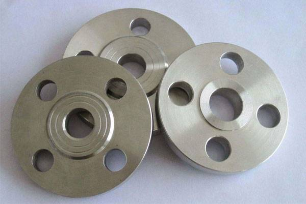 Sealing performance for flanges