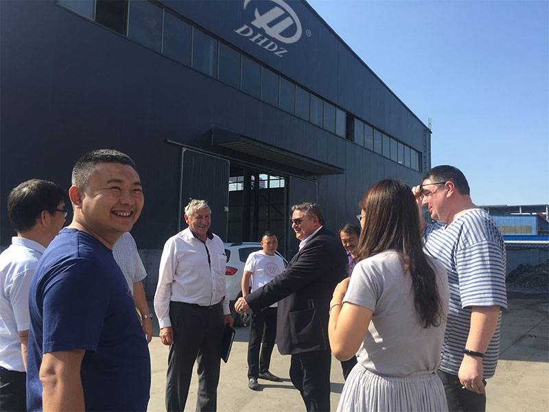 Czech and Russian customers visit shanxi donghuang