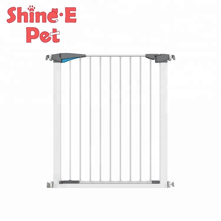 2019 High quality metal Pet friendly kids baby child safety gate