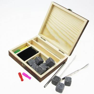 best selling whisky stone kit 9 654 Customized eco-friendly ceramic whiskey ice cube stones with stainless steel straw and tong