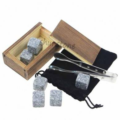 High Quality Select Engraved Customized Whisky Stones Gift Set 8 pcs of Whiskey Stone Barware Scotch Rocks Granite Cubes Chilling Stones