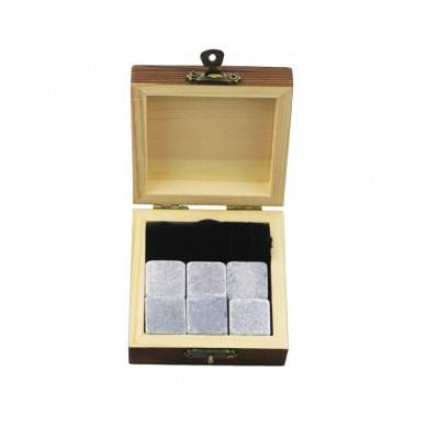 2019 top selling 6 pcs of Mongolia Black whiskey stone gift Whisky Ice Stones Drinks Cooler Cubes Natural Chilling Whisky Stones With Gift Box