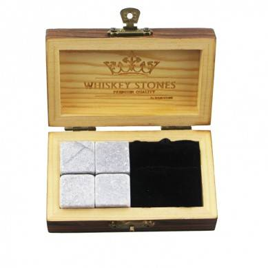 Popular soapstone stones bushiness Whiskey Stones Gift Set with 4pcs of chilling Stones and 1 pcs of Velvet Bag small stone gift set