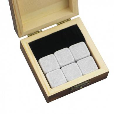Small wooden gift 6 pcs of whiskey stone gift Whisky Ice Stones Drinks Cooler Cubes Natural Chilling Whisky Stones With Gift Box